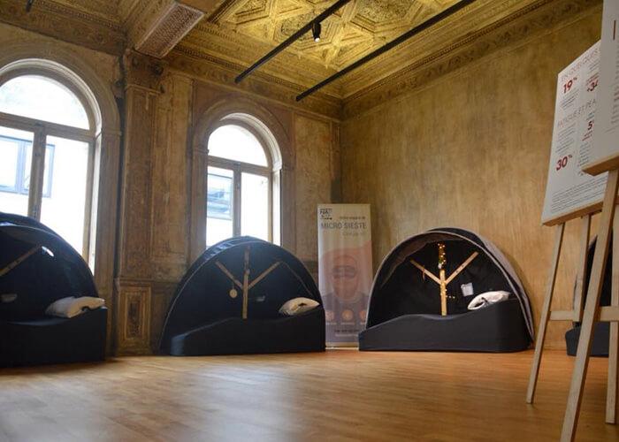 Six cocons à sieste présent à l'évènement de Vichy